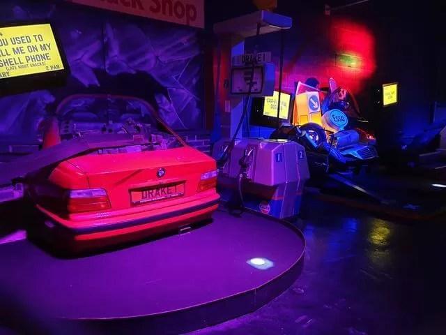 car junkyard golf hole