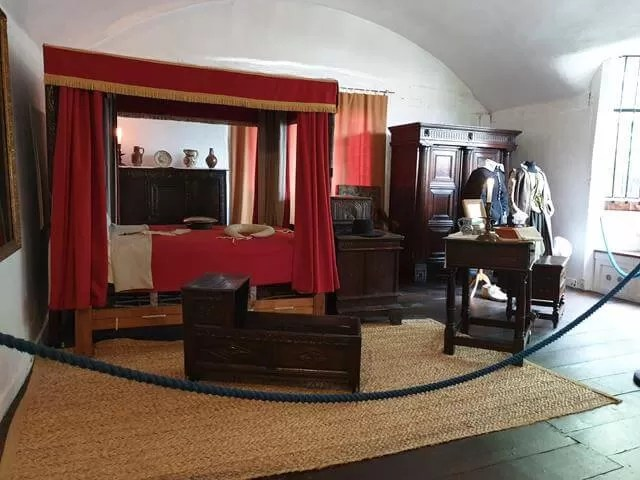 halls croft bedroom