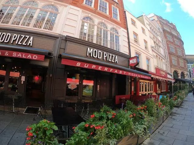 MOD pizza restaurant