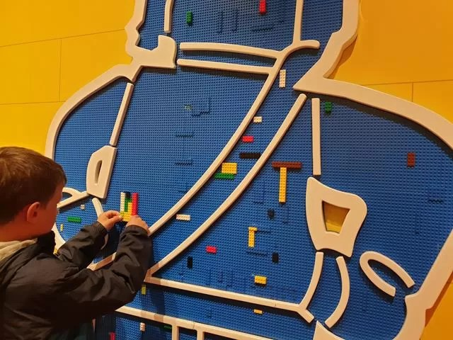 doing lego on the wall