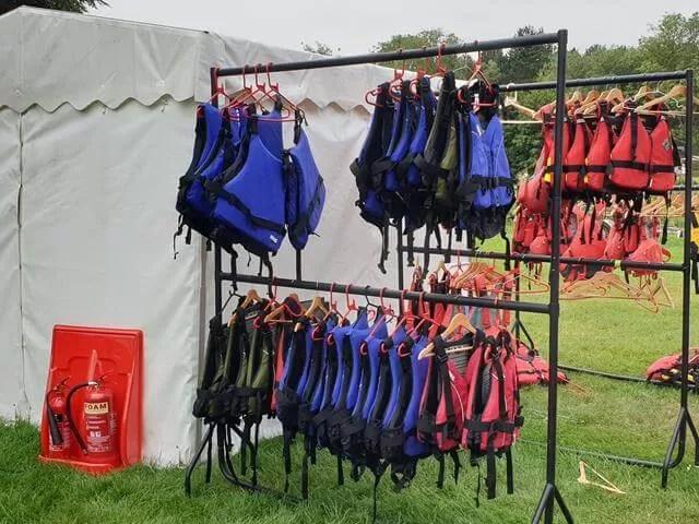 life jackets for kayaking