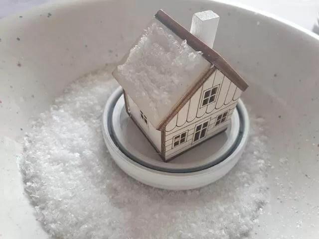 adding fake snow to decoration