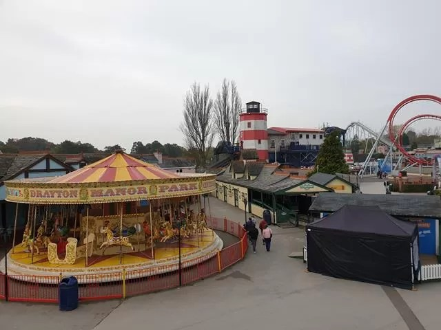 view from the cars monorail at drayton manor
