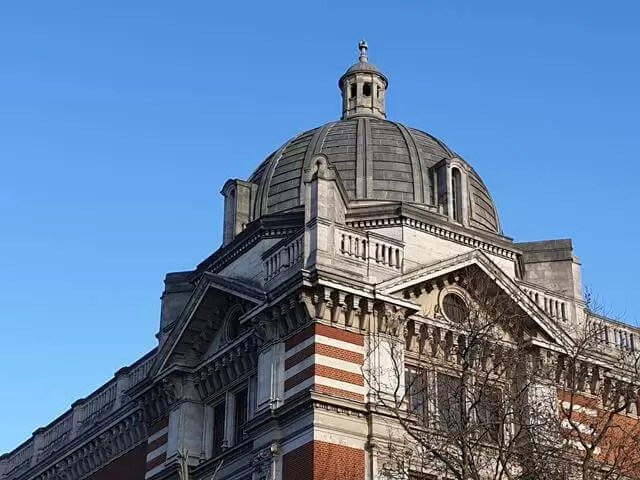 beautiful museum roofs in London