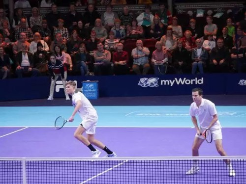 tim henman heading for the ball with jack draper