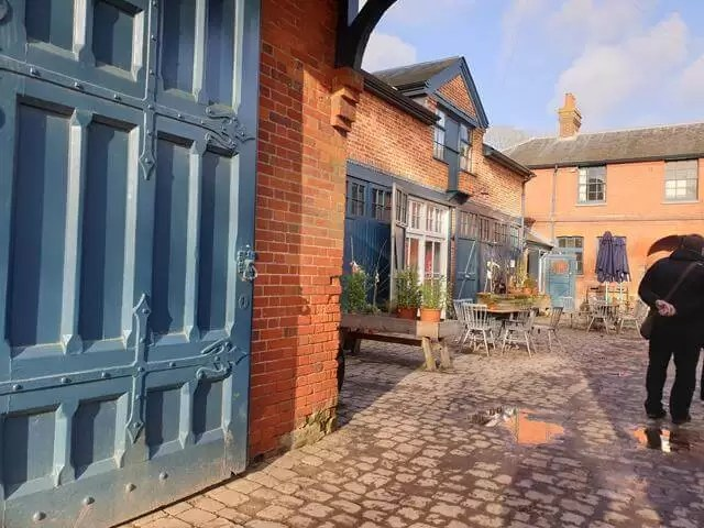 stableyard cafe and shops at hughenden