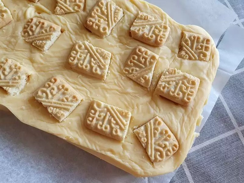 custard cream fudge from above
