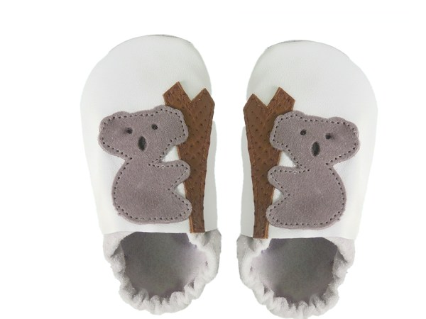 White koalas baby leather shoes
