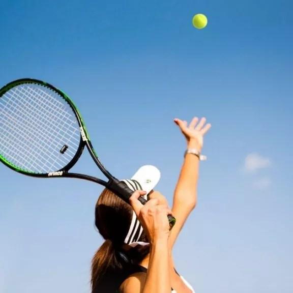 tennis-coach, tennis-match-hit-tennis-ball