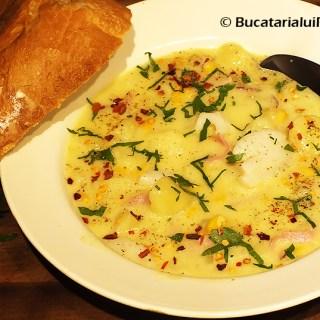Chowder cu scoici si sunca. Supa – supa crema – ciorba – tocana.