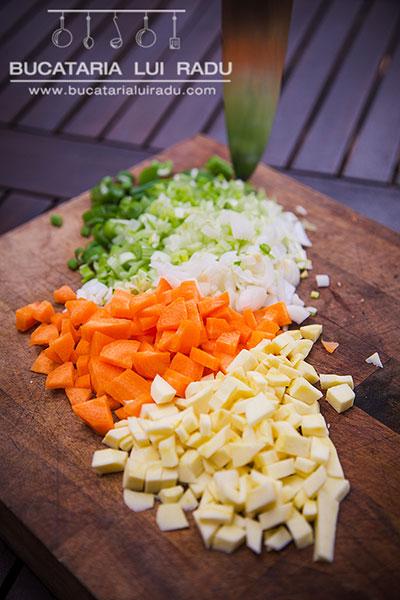 ciorba de perisoare cu leurda legume