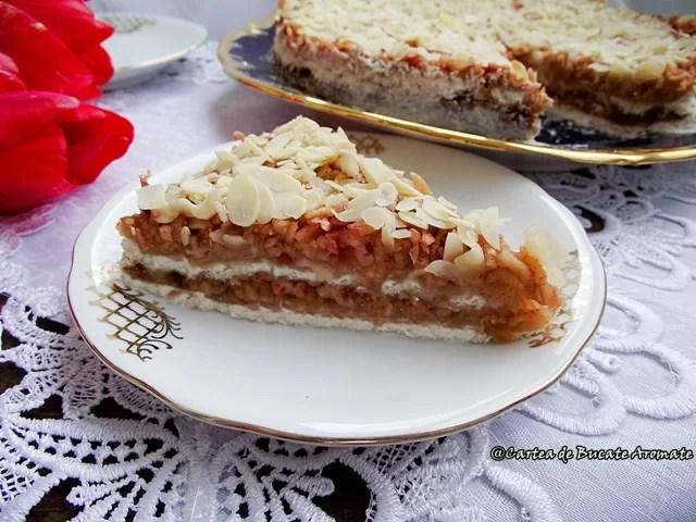 Prăjitura cu mere rase şi griş