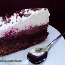 Tort brownie cu cremă mascarpone