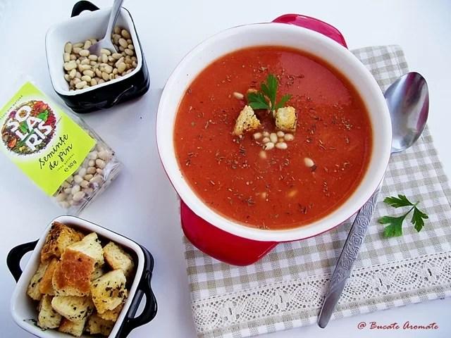 Supă picantă de legume cu seminţe de pin