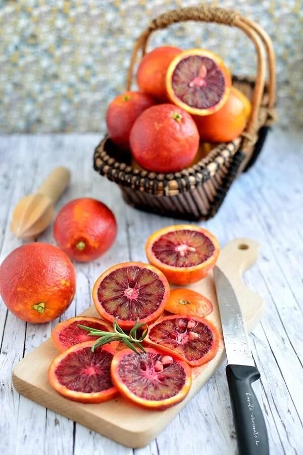prajitura rasturnata cu portocale rosii si blat de unt