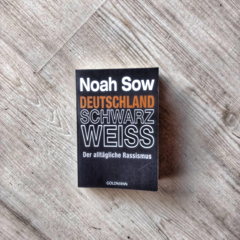 Deutschland Schwarz Weiss – Noah Sow