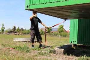 Thomas bringt Container IMG_8090
