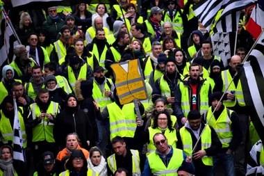 Protesta de los chalecos amarillos en in Saint-Brieuc