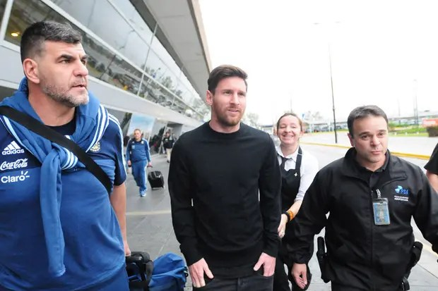 Messi aún siente un fuerte dolor