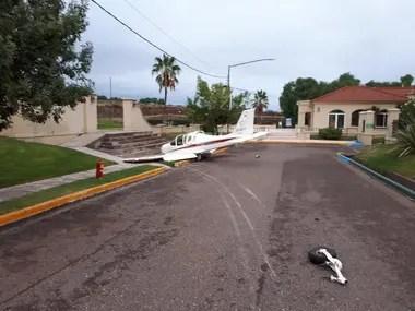 No hubo lesionados de gravedad tras el sorpresivo accidente aéreo. Crédito Twitter.