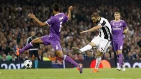 Higuain Real Madrid de los primeros cinco minutos en el Millennium Stadium de Cardiff, Reino Unido, final de la Liga de Campeones