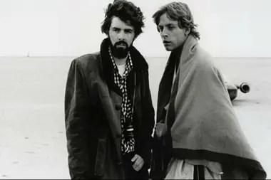 George Lucas, creador de la saga, en el rodaje de Episodio IV junto a Mark Hamill