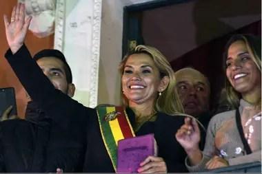 La presidente interina de Bolivia