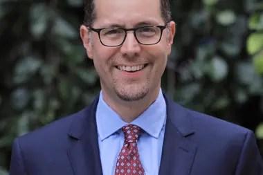 El concejal Mark Levine
