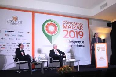 Gustavo Idígoras, Alberto Morelli y el jefe de Gabinete de la Secretaría de Agroindustria, Santiago del Solar