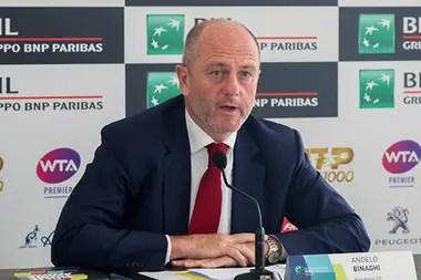 Ángelo Binaghi, presidente de la Federación Italiana de Tenis, dijo que Turín está dispuesto a organizar el Masters de Londres.