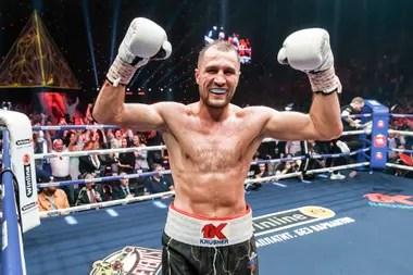 Sergey Kovalev, el gigante que se cruzará con Canelo Alvarez