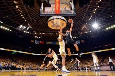 2018, Manu marca ante Golden State Warriors