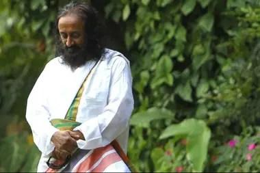 El gurú indio Sri Sri Ravi Shankar, de 63 años, creo en 1981 la fundación El Arte de Vivir