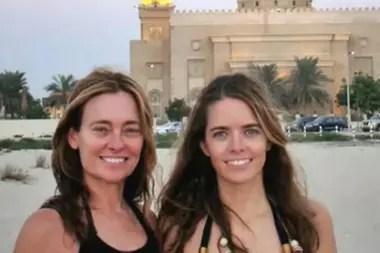 María Eugenia y su hija mayor