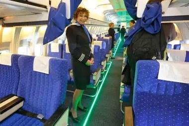 Según declaraciones de Pecoraro, se permite el uso de tacos bajos solo durante el vuelo