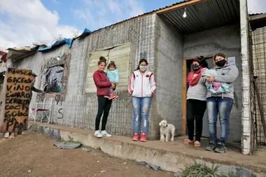 Las promesas de urbanización y regularización se repiten con cada gobierno en Villa Azul