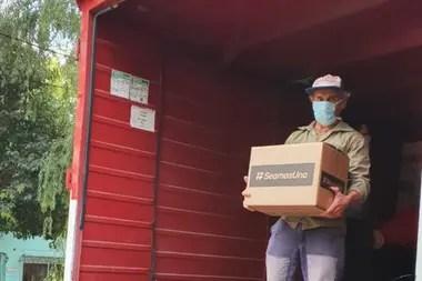 El objetivo de la iniciativa es brindar una caja con alimentos y productos de higiene a un millón de familias