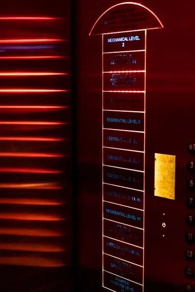 El único ascensor en el Survival Condo