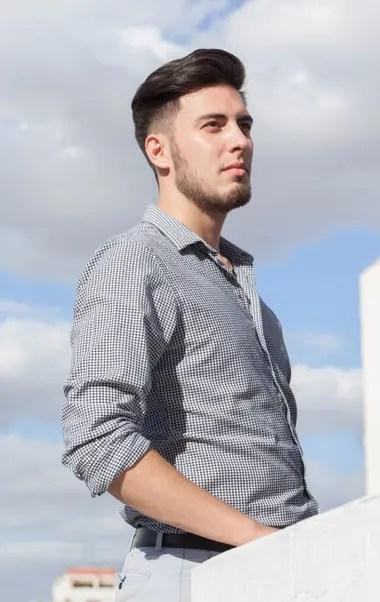 Nicolás Galarza (25) creó una plataforma online que funciona como asesor de inversiones; personal y automatizado.