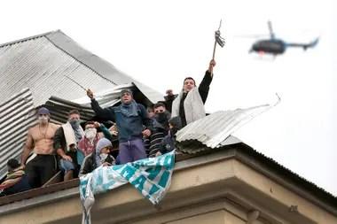 El motín de Devoto empezó con la ocupación de los techos y duró todo el día