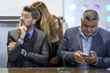 Marcelo Tinelli, el presidente de la inminente Liga Profesional, y Claudio Tapia, el de una AFA que satisfaría a los clubes del ascenso y al gobierno nacional.