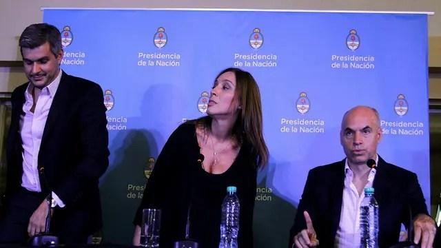 Marcos Peña, Vidal, y Larreta, ayer, en conferencia de prensa