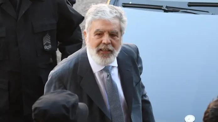 """Ordenan pedir el desafuero """"inmediato"""" y la detención de De Vido en la causa por Río Turbio"""