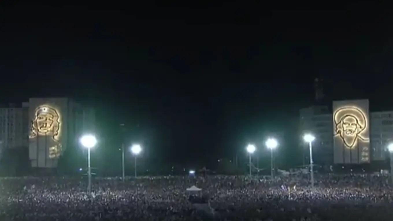 La colmada Plaza de la Revolución