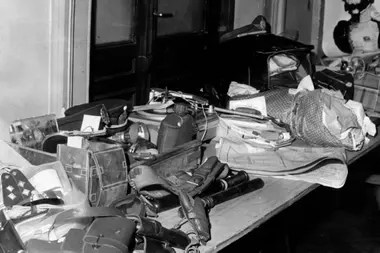 Armas y equipos encontrados en La Celma