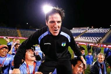 Su primer título como entrenador: campeón del Apertura chileno en 2013, al mando de O´Higgins