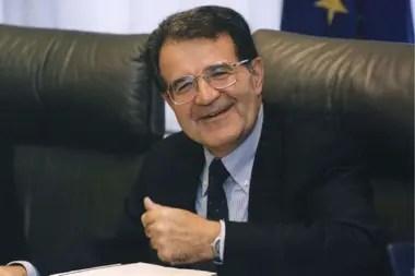 Romano Prodi, exprimer ministro de Italia y uno de los propulsores de la Unión Europea, cree que el mercado común atraviesa por una crisis por falta de espíritu grupal en medio de la pandemia de coronavirus