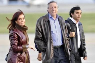 Cristina y Néstor Kirchner, junto al exsecretario Daniel Álvarez