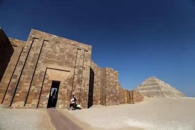 La pirámide escalonada de Djoser es la más antigua de Egipto; fue construida hace 4700 años, y ahora fue reabierta después de 14 años de restauraciones