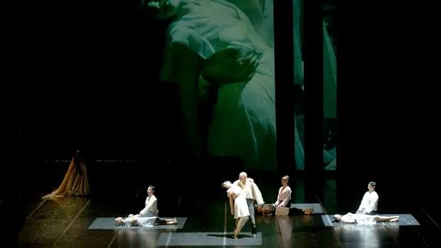 Al borde del teatro, Bosque de espejos devuelve a los protagónicos a intérpretes en el final de su carrera